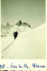 126.Album A Vincendet 2 le Cheval blanc1938.jpg